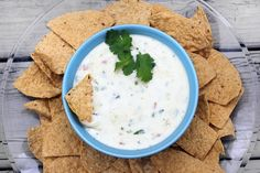 Possibly the best queso blanco recipe I've found! Yummy Appetizers, Appetizer Recipes, Snack Recipes, Food Should Taste Good, Great Recipes, Favorite Recipes, Mind Diet, Tailgate Food, Clean Eating Snacks