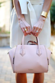 White shift dress with white tie belt, blush handbag, and gold cuff Fashion Bags, New Fashion, Fashion Accessories, Fashion Ideas, Best Handbags, Little White Dresses, Casual Chic Style, Latest Fashion Trends, Purses And Bags