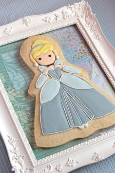 Cinderella Cookie