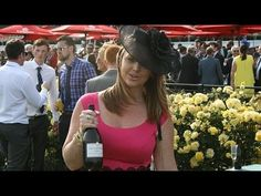 crowds at Flemington Excited racegoers have begun arriving for the 2015 Melbourne Cup