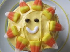 "such a cute cupcake idea for ""you are my sunshine"" theme bday party"