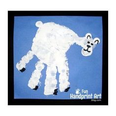 Preschool Crafts for Kids*: Polar Bear Hand Print Craft. Perfect for our family of polar bears! Bear Crafts, Animal Crafts, Winter Art, Winter Theme, Art For Kids, Crafts For Kids, Fun Crafts, Artic Animals, Penguins And Polar Bears