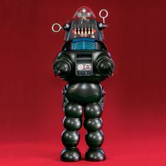 "Robby the Robot was made for the movie ""Forbidden Planet"" and had a long life long after the movie was done. He was still being used as the protypical robot well into the Robots Vintage, Retro Robot, Vintage Toys, Vintage Stuff, I Robot, Fiction Movies, Sci Fi Movies, Science Fiction, Fotografia"
