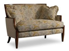 Nadia comes standard with a blendown seat cushion, welt trim and a pair of 18'' throw pillows.