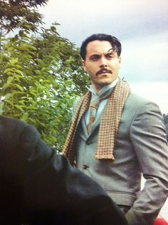 Jack Huston has such a great face for period films, especially the 20's.
