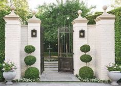 Entry goals photo from @milieumag and design by @kerryjoyceassociates