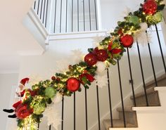 Easy to create staircase garland to spice up your staircase this Christmas.