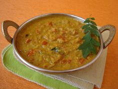 A classic South Indian breakfast side dish, Tomato Kurma, makes for a delectable combination with dosa and chapati/parotta.
