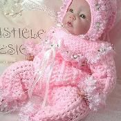 Romper outfit to fit month baby – Stricken sie Baby Kleidung Baby Doll Clothes, Crochet Doll Clothes, Knitted Dolls, Doll Clothes Patterns, Crochet Dolls, Baby Knitting Patterns, Baby Cardigan Knitting Pattern, Knitting Designs, Baby Patterns