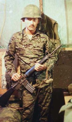 Vietnam Photos of Paul Dufault Vietnam History, Vietnam War Photos, American War, American Soldiers, North Vietnam, Ares, United States Army, Korean War, Tiger Stripes