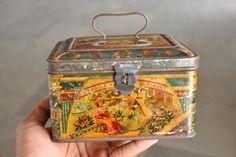Vintage Pragjee Soorgee & Co. Ad Fine Litho Tin Sign Board , Germany