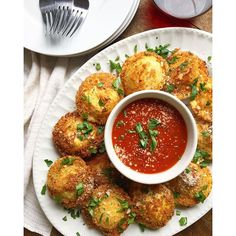 Fried Ravioli. Get this and 90+ more Dinner Parties recipes at https://feedfeed.info/dinner-parties