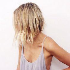 χτενίσματα για καρέ μαλλιά