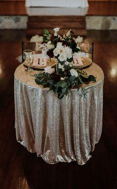 Oklahoma City Wedding Venue in Edmond - Tabelle Ideen Pink Wedding Receptions, Bohemian Wedding Reception, City Wedding Venues, Wedding Reception Centerpieces, Wedding Decorations, Table Decorations, Gold Centerpieces, Reception Party, Pink Table Settings