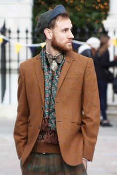 From the 2011 Tweed Run in London by Style Salvage.