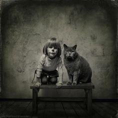 Reminds me of my Calen.    Heartwarming Friendship Between a Girl and Her Cat - My Modern Metropolis