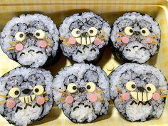トトロ寿司……見てみ!まじ凄いよ!と、娘꒰*´艸`*꒱…息子と次女の祭り弁当♪No.1