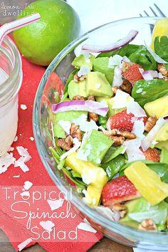 Salada de espinafre tropical