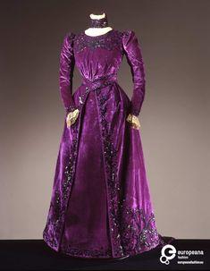 Kleider damen 1900