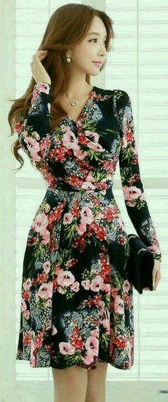 28 Fall Outfits For Work outfit fashion casualoutfit fashiontrends 28 Fall Outfits For Work outfit fashion casualoutfit fashiontrends Pretty Dresses, Beautiful Dresses, Modest Fashion, Fashion Dresses, Flare Dress, Dress Up, Wrap Dress, Fall Outfits For Work, Mode Outfits