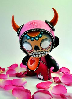 munny | 180 Munny's designed in two weeks by a talented group of French ...