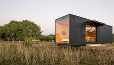 Prefab House Mini Modern – Fubiz™