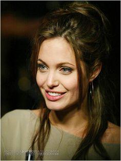 Angelina Jolie Now Actresses - - Angelina Jolie Eyes, Angelina Jolie Photoshoot, Angelina Jolie Children, Angelina Jolie Maleficent, Angelina Jolie Style, Angelina Jolie Hairstyles, Anjolina Jolie, Jolie Pitt, Foto Art