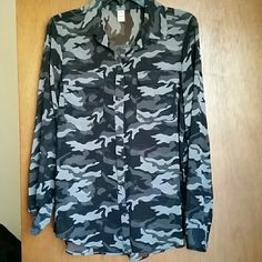 Camo Sheer Button Down Top Old Navy Never been worn, camo sheer button down top by Old Navy Old Navy Tops