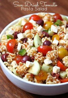 Nothing says summer like a delicious pasta salad and this Sun Dried Tomato Pasta Salad is delicious and full of flavor.
