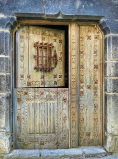 what an entry door!