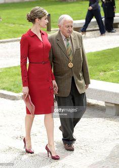 Queen Letizia of Spain (L) and writer Juan Goytisolo attend the Cervantes Award Ceremony at Alcala de Henares University on April 23, 2015 in Alcala de Henares, Spain.  (Photo by Fotonoticias/WireImage)
