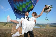 Destination Wedding in Southern Italy, Calabria: symbolic cerimony by hote-air balloon Southern Italy, Hot Air Balloon, Vows, Destination Wedding, Balloons, Romantic, Hot Air Balloons, Romance Movies, Air Balloon