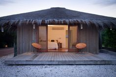 """A Simple Modern House in Uruguay, Coastal Edition Argentinian architect Martin Gomez Arquitectos, who specializes in beach houses in Uruguay and Argentina, is """"obsessed with contextualizing his works. Surf Shack, Beach Shack, Case Creole, Hut House, Home By, Beach Cottage Style, Beach Bungalows, Tropical Houses, Beach Cottages"""