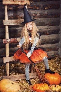 Halloween Office, Halloween 2020, Spooky Halloween, Happy Halloween, Halloween Mini Session, Halloween Photos, Pumpkin Patch Photography, Fall Mini Sessions, Halloween Photography