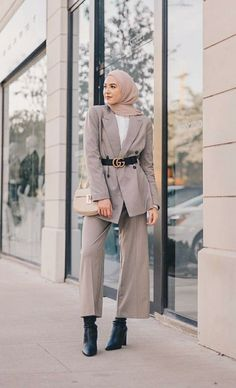 Fashion Tips Over 40 .Fashion Tips Over 40 Modest Fashion Hijab, Modern Hijab Fashion, Street Hijab Fashion, Modesty Fashion, Hijab Fashion Inspiration, Hijab Chic, Muslim Fashion, Look Fashion, Fashion Outfits