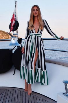 making waves in classic stripe contrast cardigan. Visit our website and get ready for the most stylish summer vacation ever! All Fashion, Fashion Trends, Maxi Cardigan, Summer Outfits, Summer Dresses, Stripes Fashion, Casual Chic, Casual Looks, What To Wear