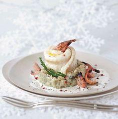 Zeetongrolletjes met garnalen, aardappelpuree met zeekraal en champagnesaus