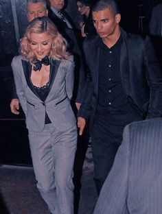 Madonna Fashion, Madonna Music, Music Icon, Formal, Style, Preppy, Swag, Outfits