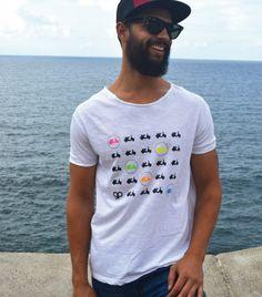 Vespa Time - Paraíso Design. Camiseta 100% algodón ecológico. Los materiales que utilizamos están certificados según la norma Oeko-Tex® Standard 100, lo que significa que son inocuos para el medio ambiente.