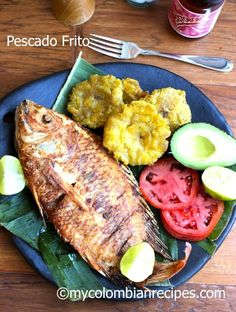 Pescado Frito Colombiano (Colombian-Style Fried Whole Fish) by My Colombian Recipes Snapper Recipes, Fish Recipes, Seafood Recipes, Cooking Recipes, Healthy Recipes, Healthy Meals, Colombian Dishes, Colombian Cuisine, Colombian Recipes