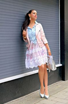 5. Serenity Blue And Rose Quartz Colored Outfit 2017 Street Style