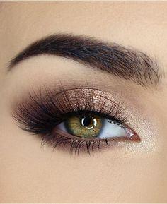 Too Faced Natural Eyes Neutrale Lidschatten-Palette & Rezensionen – Make-up – Beauty – Macys Augen Make-up – Make-up – Mein Stil Eye Makeup Tips, Eyeshadow Makeup, Eyeshadow Palette, Makeup Ideas, Makeup Tutorials, Neutral Eyeshadow, Makeup Guide, Neutral Smokey Eye, Eye Makeup For Hazel Eyes