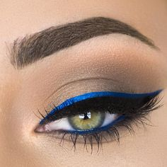 electric blue + black winged double liner + blue on the lower waterline | eyeliner eye makeup @makenziewilder