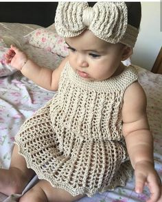 Crochet Baby Dress Pattern - DIYFASHIONHUB You are in the right place about baby dress patterns begi Crochet Baby Dress Pattern, Knit Baby Dress, Crochet Patterns, Crochet Hats, Baby Girl Crochet, Crochet Baby Clothes, Crochet For Kids, Crochet Baby Headbands, Crochet Baby Dresses
