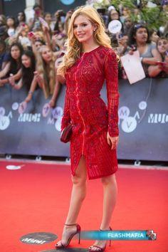 Bella-Thorne-MuchMusic-Video-Awards-Toronto-Canada-June-21-2015-452x679.jpg (452×679)
