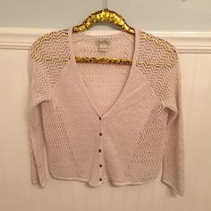 """Lucky Brand Boho Cardigan Linen Blend Cropped Sz S • Lucky Brand  • Open knit, 3/4  sleeve, cropped cardigan.  • Small  • 53% Linen / 24% Nylon / 23% Acrylic  • Excellent used condition!   • Cream Off-White   • Bust - 18.5"""" across the front, lying flat. Has stretch!  • Length - 20"""" from shoulder to hem.   Bundle to Save 20%!  ❌ No Trades, Holds, PP   100% Authentic!    Suggested User // 700+ Sales // Fast Shipper // Best in Gifts Party Host!  Lucky Brand Sweaters Cardigans"""