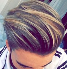 167 hair highlights ideas, highlight types, and products explained – page 1 Men Blonde Hair, Dyed Hair Men, Blonde Hair With Highlights, Mens Highlights, Mens Hair Colour, Cool Hair Color, Haircuts For Long Hair, Hairstyles Haircuts, Medium Hair Styles