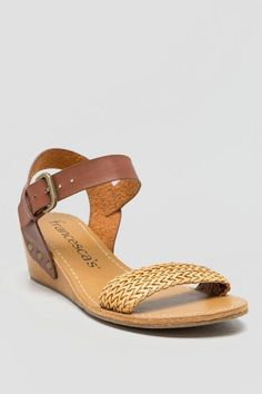 Honolulu Woven Strap Wedge #francescas
