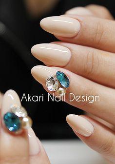 Japanese nail artist in Vancouver, Canada. Bling Nails, 3d Nails, Love Nails, Swag Nails, Hello Kitty Nails, Stiletto Nail Art, Red Nail Designs, Japanese Nail Art, Pastel Nails
