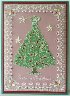 Christmas Tree plate and lace border Groovi card created by Dee Paramour